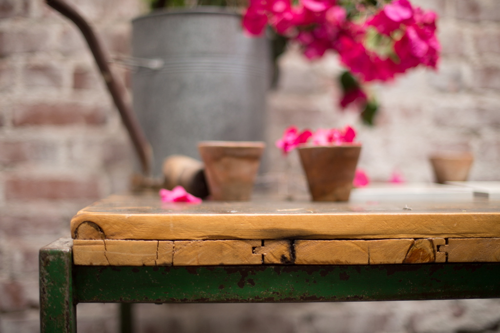 BARN DOOR GARDEN TABLE